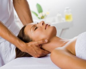 Hoofdpijn; massage en therapie