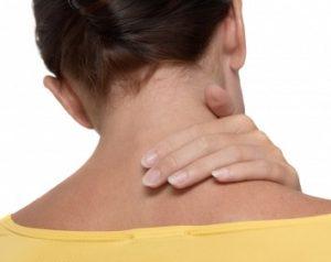 Nek- en schouderklachten; massage en therapie